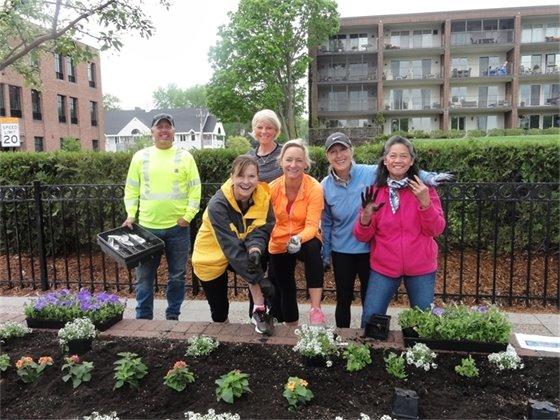 Dig It Day Volunteers